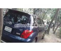 Toyota IST - Image 4/4