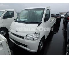 TOYOTA PICK UP /COVERED VAN 1 TON