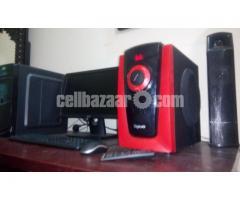 Full Desktop Gaming P.C+3000watts speakers