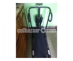 POwer runner Treadmill  for Sale