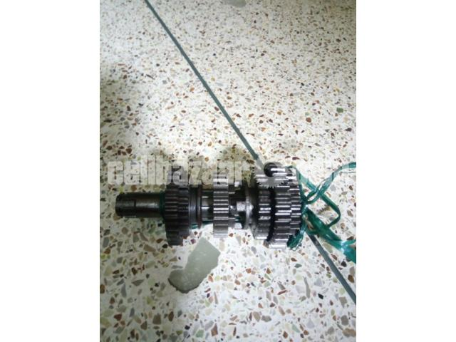 Gear pinium with shaft for Lifan xl 150 cc - 1/1