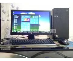 Intel Desktop Core_i5 & 19'' LED HP