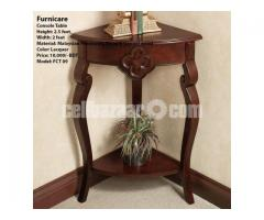 Console Table (Model: FCT 09)