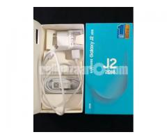 Samsun Galaxy J2 2018 (with receipt and free phone cover)