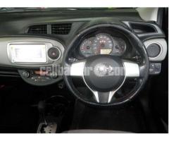 Toyota Vitz FL GRADE BLACK 2012