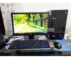 Intel Desktop core_i5 & Monitor 19'' LED