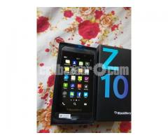 BlackBerry Z10 2/16GB Original Intact New 64GB