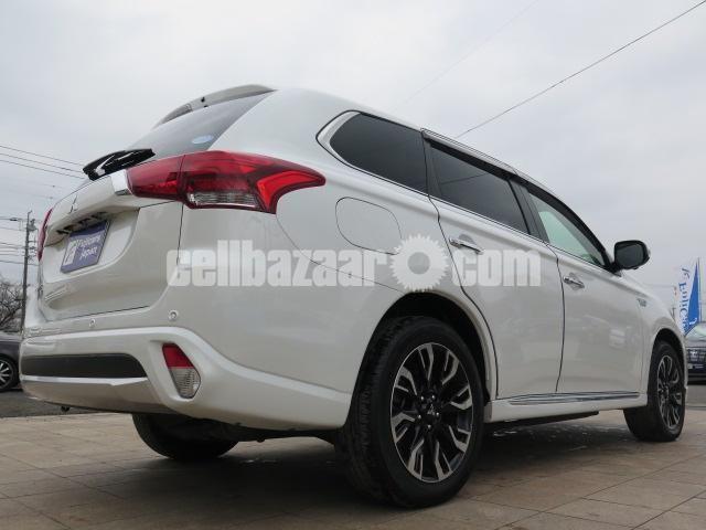 Mitsubishi Outlander Plug-in Hybrid 2 0 PHEV – Cellbazaar com | Buy