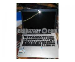 DCL Laptop,core i3,7th generation