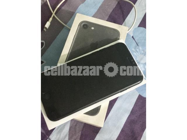 Apple iphone 7 - 4/4