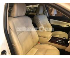 TOYOTA CROWN G ROYAL SELLON BEIGE INT PEARL 2013