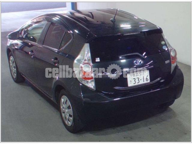 Toyota Aqua Hybrid Black S 2013 Cellbazaar Com Buy Sell