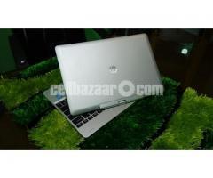 Touch HP Revole i5 SSD 256/8 GB
