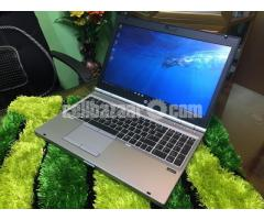 hp Elitebook i5 HDD 500/4 gb