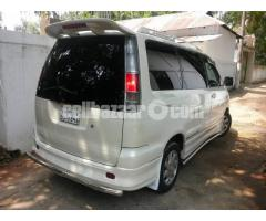 toyota noah road tourer 2001
