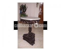 Oval shaped antique table