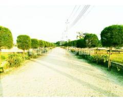 সুপরিকল্পিত প্লট-৩-উত্তরার নিকটে