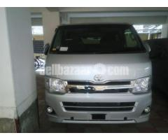 Toyota Hiace GL Dual Ac Silver