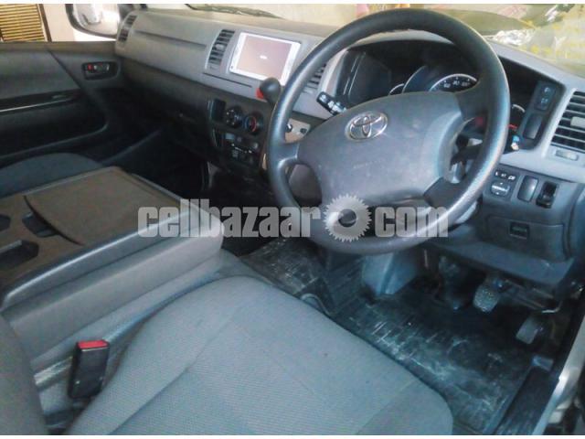 Toyota Hiace GL Dual Ac Silver - 3/4