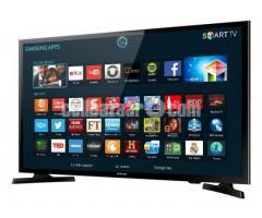 SAMSUNG 32 HD Flat Smart TV J4303
