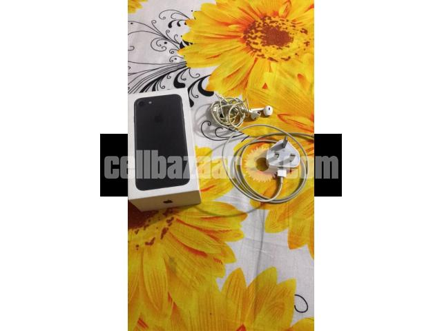 iPhone 7 (128gb) matte black - 3/5