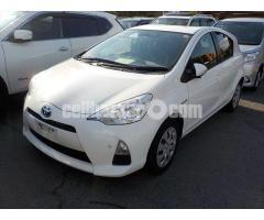 Toyota aqua s pkg
