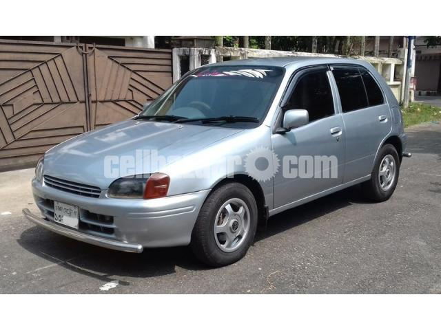 Toyota Starlet Reflet 1996/02 - 3/5