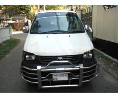 Toyota Noah Super GL 2007/13