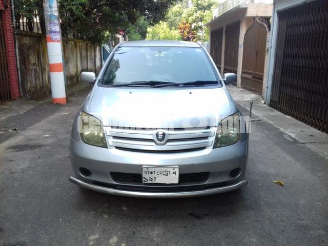 Toyota IST 2004/10 - 1/5