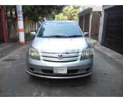 Toyota IST 2004/10