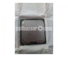 Processor Intel Celeron D ( 2.66 GHz )