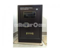 Safe (Biometric Safe)