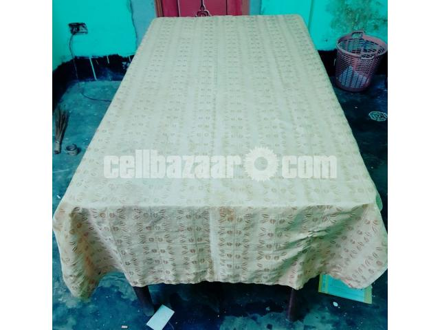 6 SEATED WOODEN DINING TABLE - 1/4