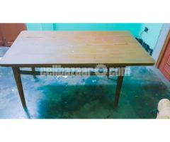 6 SEATED WOODEN DINING TABLE - Image 3/4