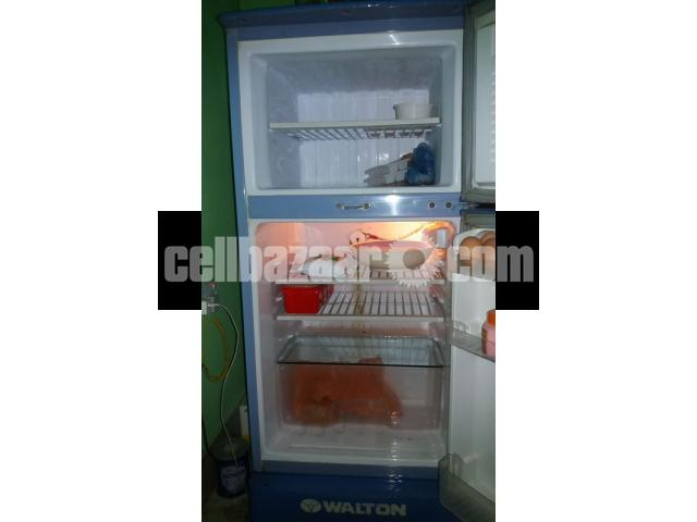 Walton Fridge. 8.5 Size.. - 2/4