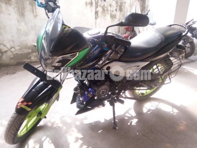 Bajaj discovery 125 cc St - 2/2