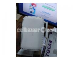 NETGEAR Wifi Router N300 - Image 1/3