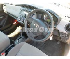 Toyota Axio G Beige 2013 Push Start - Image 4/5