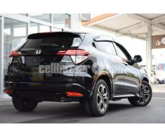 Honda Vezel Hybrid Z 2015 Black