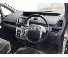 Toyota Noah X Smart Silver Color Model 2012 - Image 3/4
