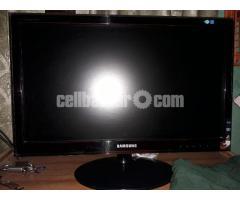 "23"" 58cm Samsung monitor"