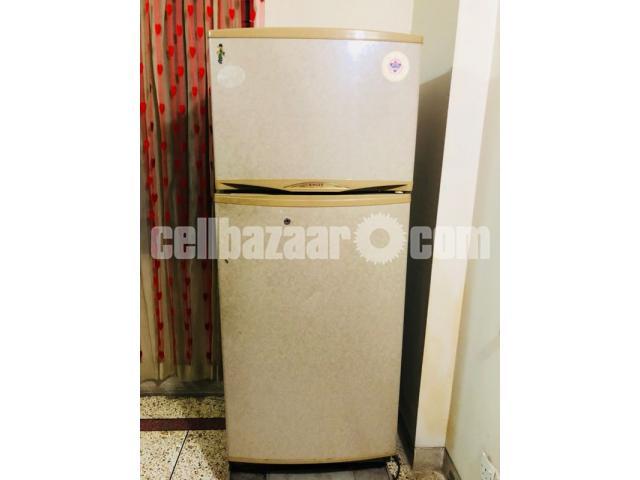Singer Refrigerator - 2/2