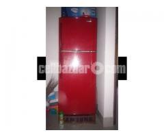 Samsung 230 litr non frost fridge