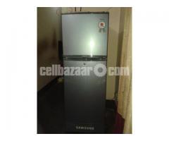 SAMSUNG Refregaretor