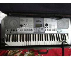 Yamaha keyboard PSR-E413