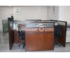 4 Person Seated Office Workstation