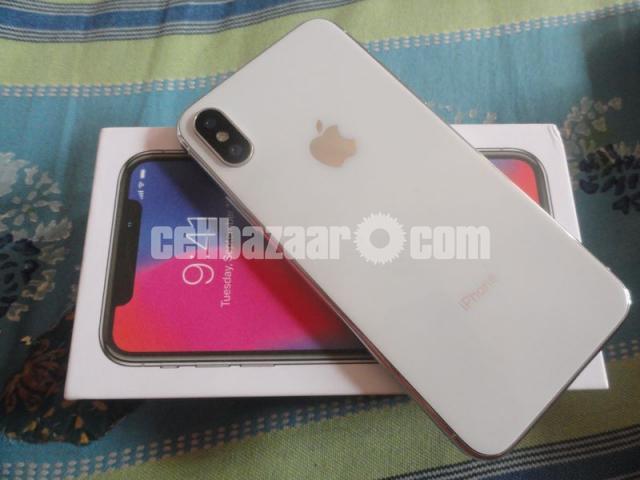 i-phone 10 - 1/2