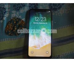 i-phone 10 - Image 2/2