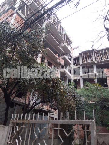 Apartment for sale at Mohakhali, opposite road side Brac University - 2/5