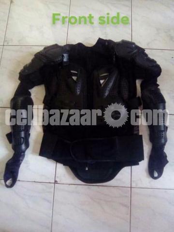 Body armor jacket - 3/3
